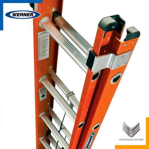 Escalera Werner de fibra de vidrio, modelo D6224-2MX; Inoxidables Victoria